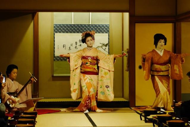 有斐斎弘道館の花街文化サロン